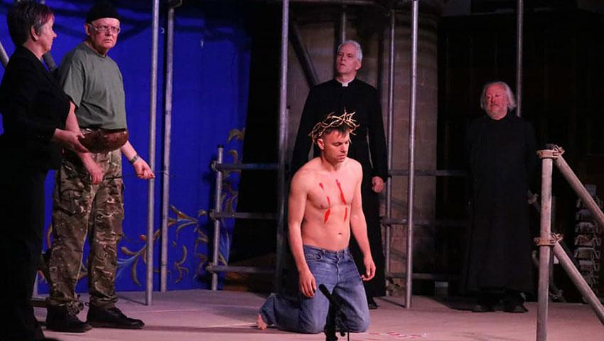 Darren Cheek as Jesus in the Malvern Mystery Play